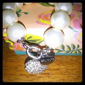 Jewelry - Chico's Chunky Pearl Bracelet W/ Pave'Heart